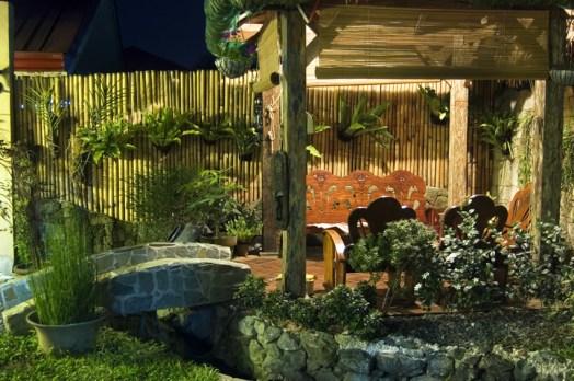 tropical-theme-wood-gazebo-with-bamboo-decor