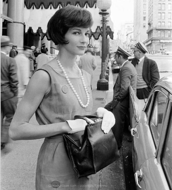 Jackie-Kennedy-Look-In-Fashion-N-R-Farbman-