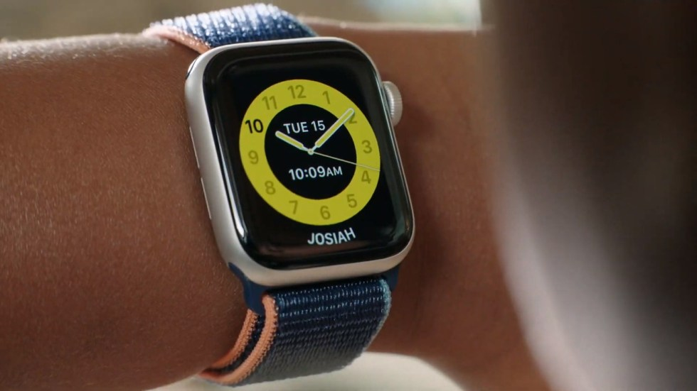 Family Setup offers a new distraction-free watch face for children