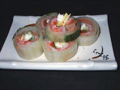Tsukiji salad roll