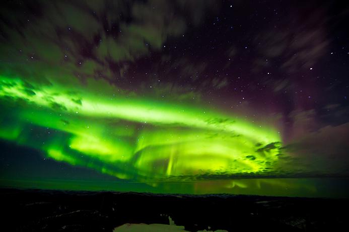 Northern Lights Images Slideshow