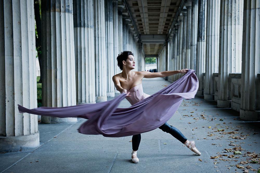 berlin, ballet dancer, lustgärten, museumsinsel, germany, photography