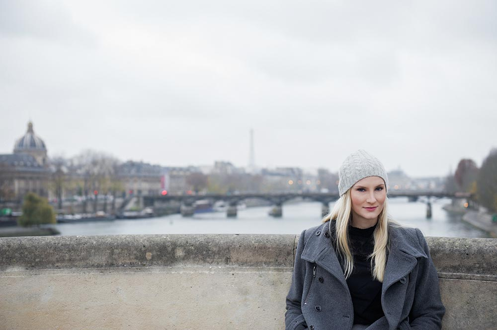 kyra, portrait, paris, winter, grey, cold, pont neuf
