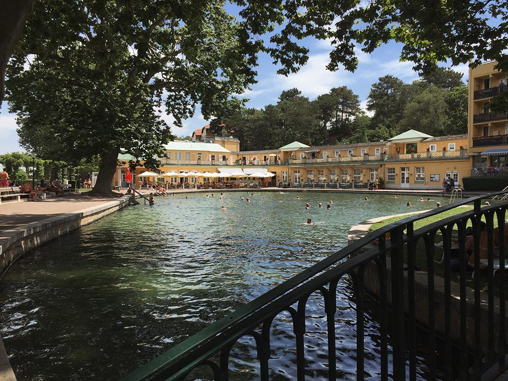 thermalbad, bad vöslau, niederösterreich, sommerfrische, baden, summer, summertime