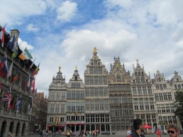 grote markt. very typical flemish architecture I learned.