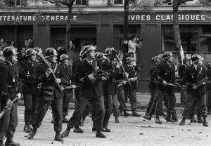 Révolte de Mai 1968 par Göksin Sipahioglu