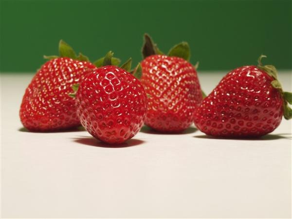 4 strawberries