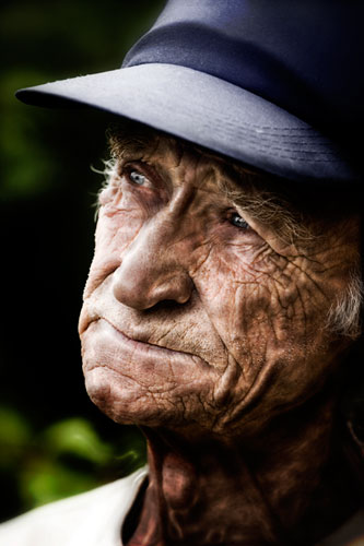 Dramatic Wrinkles Photoshop Tutorial