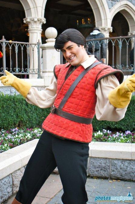 Gaston (2012)