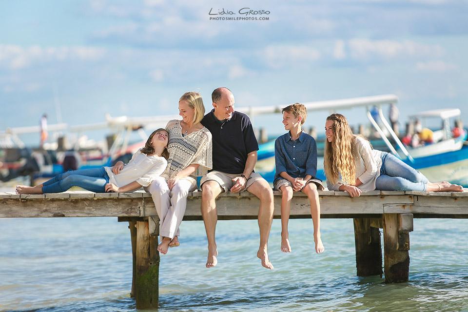 Weidman-family-portrait-Cancun-070s.jpg