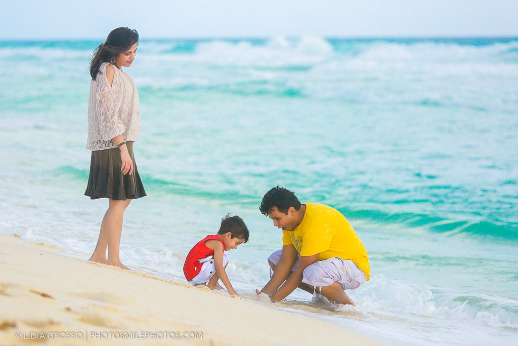 small-res-Singh-family-portrait-Cancun-117-1.jpg