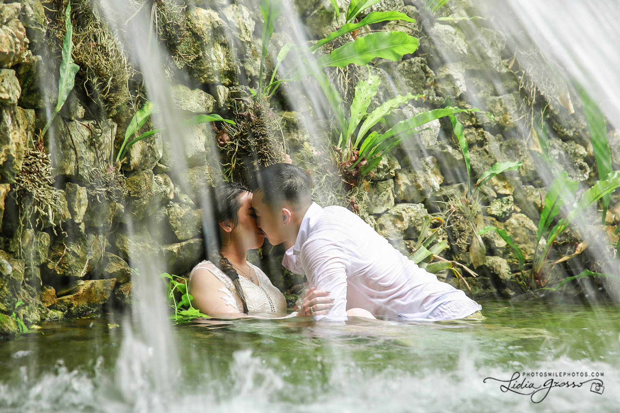 Cenote and Jungle sessions Riviera Maya, Trash the Dress photography, Cancun wedding Photographer, Engagement session Cancun, Lidia Grosso Photography
