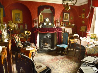Beamish-Victorian-parlour