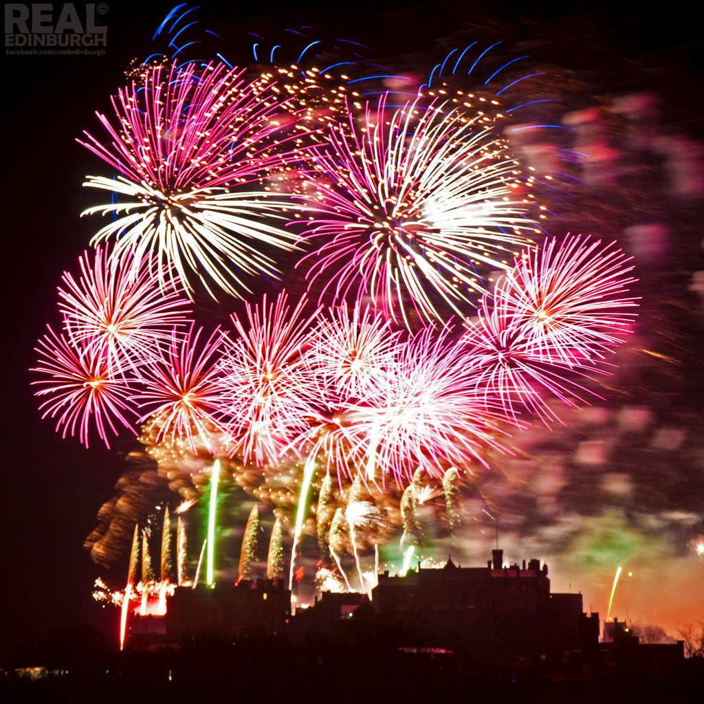 New Year Fireworks  Location Guide   Real Edinburgh We re just a few hours away from the biggest firework display Edinburgh   the capital city of fireworks puts on every year  Yes  I know it s short  and the