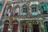 China town yangon 19th street Ancien batiment colonial Yangon.