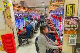 """Salon de jeux """"Pachinko"""" - Shinjuku - Tokyo - Japon."""