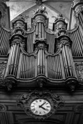 Ogel in einer Kirche in Paris, Frankreich. Dezember 2016 // Organ of a church in Paris, France. December 2016.