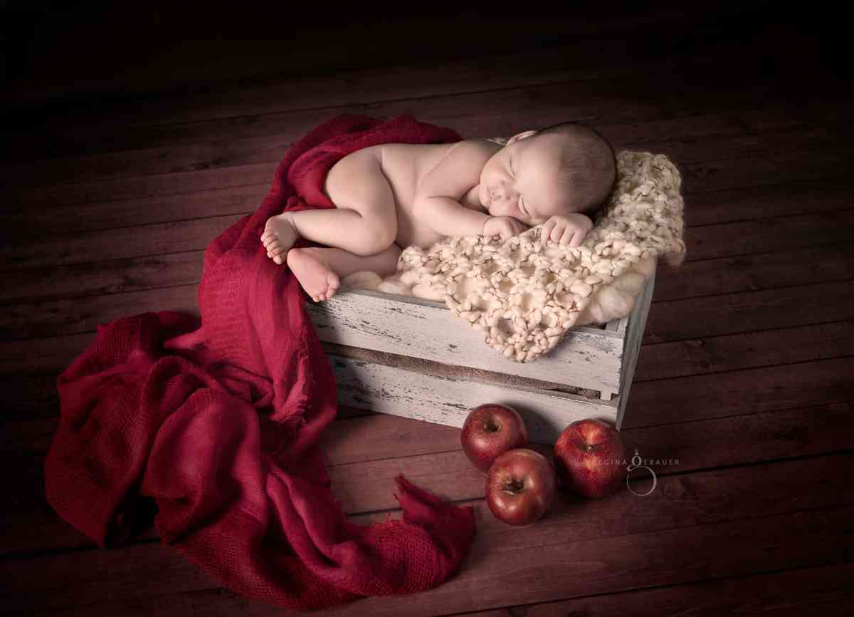 Newborn Sessions: Tips for Beginners