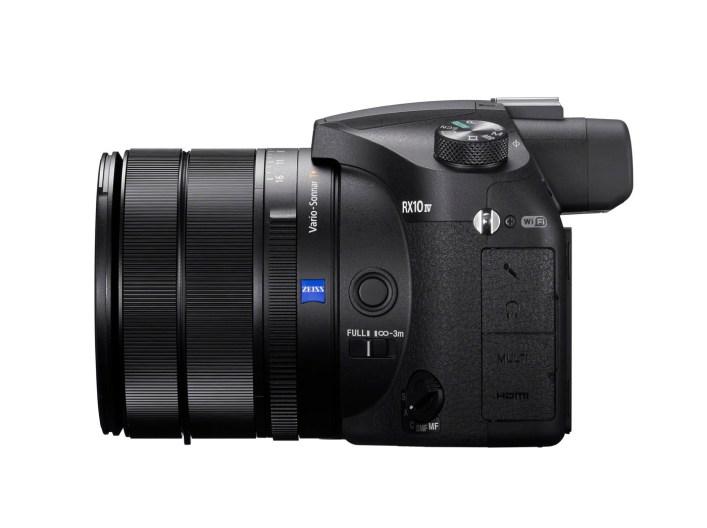 Phototrend Sony RX10 IV Rightside EU03