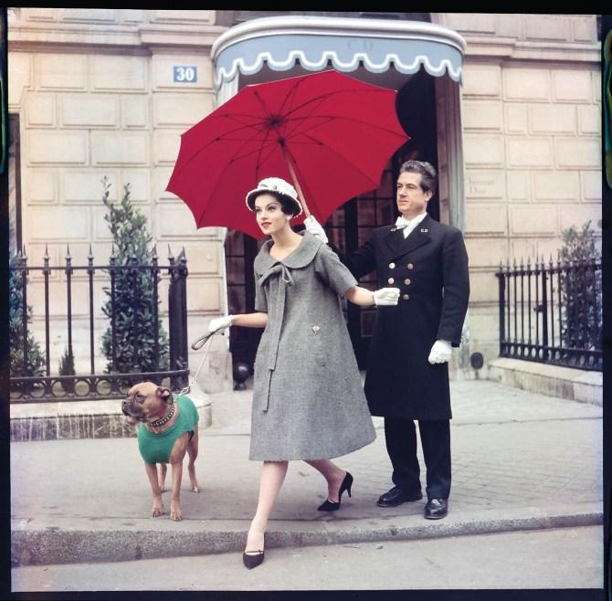 Chez Dior, Paris, 1958 © - Sabine Weiss