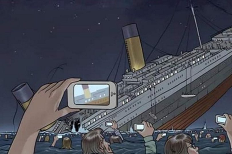 Modern day Titanic! - phractl - what the phractl
