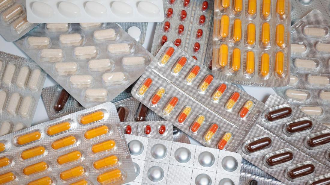 92 médicaments recensés par la revue « Prescrire » sont commercialisés en France.