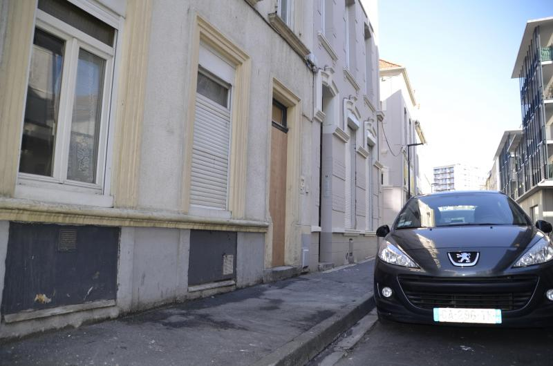 A fire on an electrical installation broke out in a collective dwelling, rue de l'Amiral-Bruix.  There were no injuries.