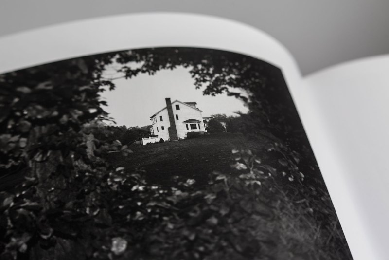 PHROOM magazine online exhibition space dedicated to contemporary fine art photography // books // MACK books