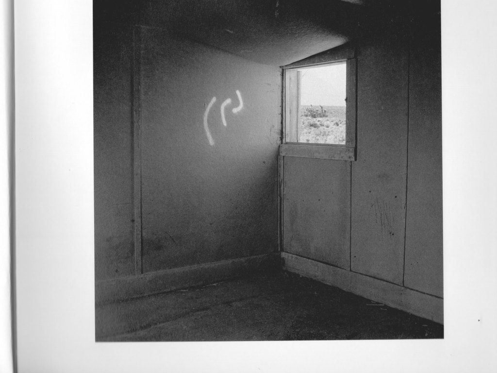 PHROOM magazine // international research platform and online exhibition space dedicated to contemporary fine art photography and video art // book review // PHROOM X MACK