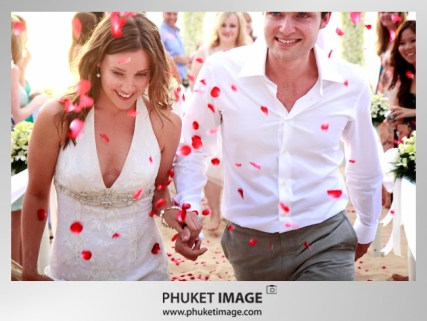 Destination Thailand wedding photographer - Phuket wedding image 020