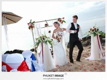 Koh Phi Phi beach marriage photographer