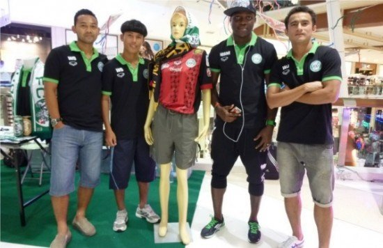 Opening of Phuket FC outlet at Central Festival Phuket