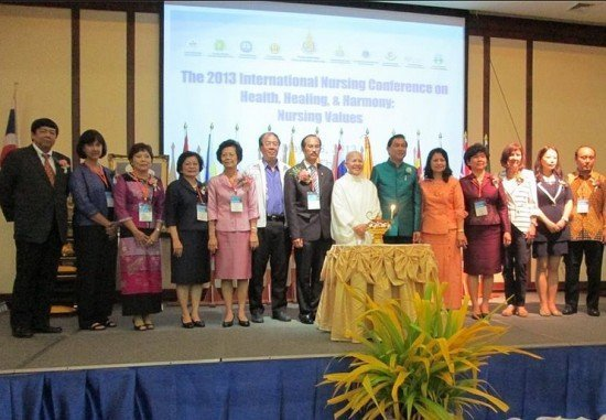 Phuket holds the 2013 International Nursing Conference