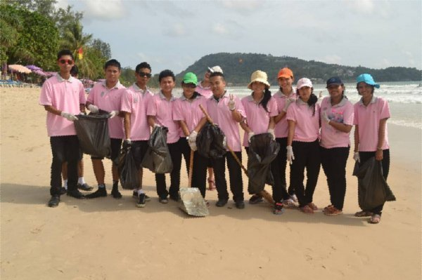 Phuket Hotels Team Up For Annual Patong Beach Clean-up