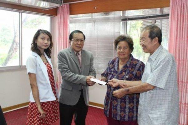 Patient sings Phuket PAO Hospital's praises