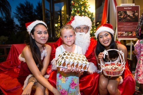 Santa Claus swings by Dusit Thani Phuket