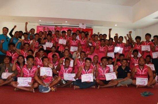 Phuket's volunteer lifeguards complete training course