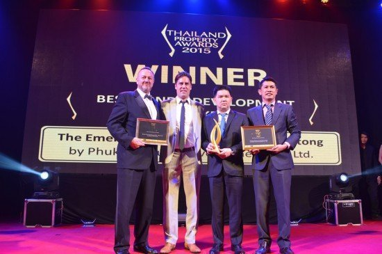 02Emerald Development Group is officially the Best Properties in Thailand by Thailand Property Awards 2015 Winning
