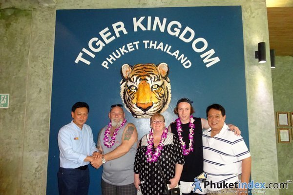 Paul Goudie come to Phuket's Tiger Kingdom visit friend to say thank you