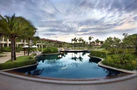 Banyan Tree Hotels & Resorts announces soft opening of Angsana Villas Resort Phuket