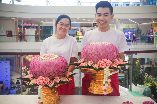 Amari Phuket's florist wins the top award in The Andaman Hotelier 2016