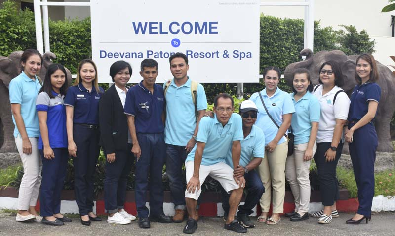 Deevana Patong's Open the Door for Environment group on Saturday