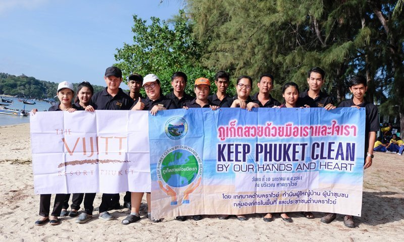 Clean-up the beach for beautiful tourist destination