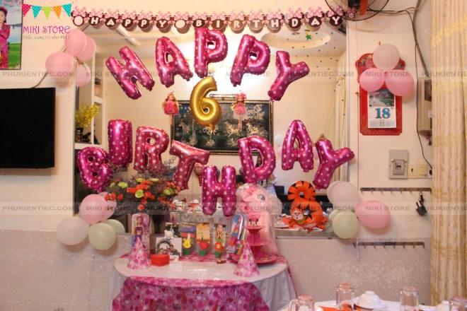 Tự trang trí sinh nhật cho con gái lấy tông hồng làm chủ đạo
