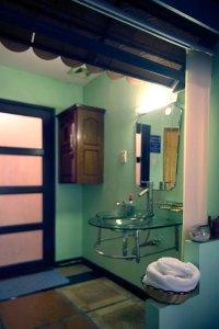 Phòng Massage VIP phong cách Trung Quốc khách sạn Phú Thọ quận 11