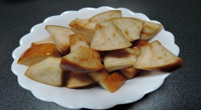リンゴ酢のりんご