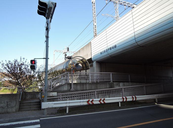 元荒川歩道橋|外観