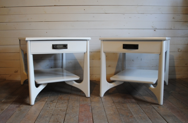 Mid Century Modern Nightstands / End Tables