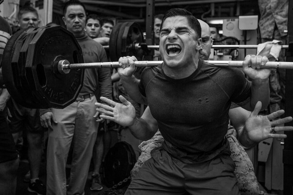 MPOTY_2014_Weight-lifting_competition_aboard_the_USS_Bataan.jpg