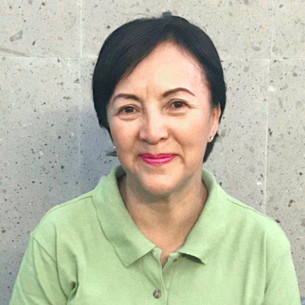 Elizabeth Pasaran - Cosmetóloga